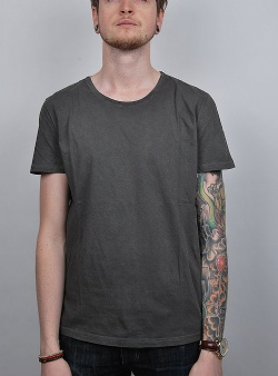 Revolution Dyed tee Black