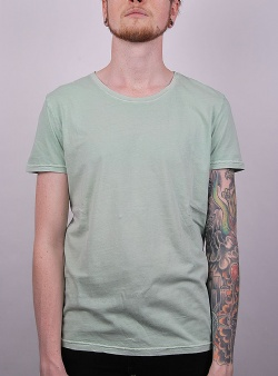 Revolution Dyed tee Light green