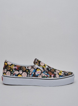 Vans X peanuts classic slip-on The gang black