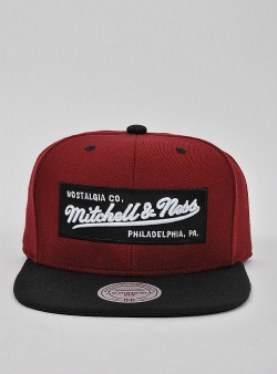 Mitchell and Ness Box logo snapback Burgundy
