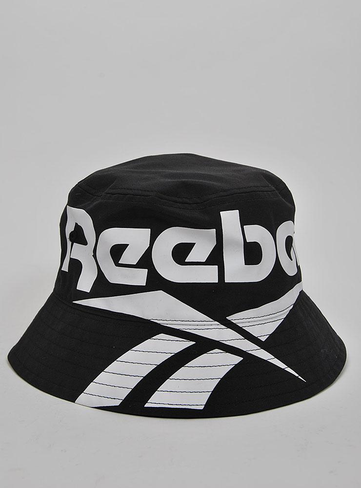 d37b523cfe0 Reebok Classic vector bucket hat Kepsar och mössor Bucket hats på ...