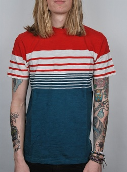 Revolution Striped tee Red