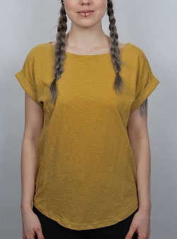 Wemoto Holly tee Mustard