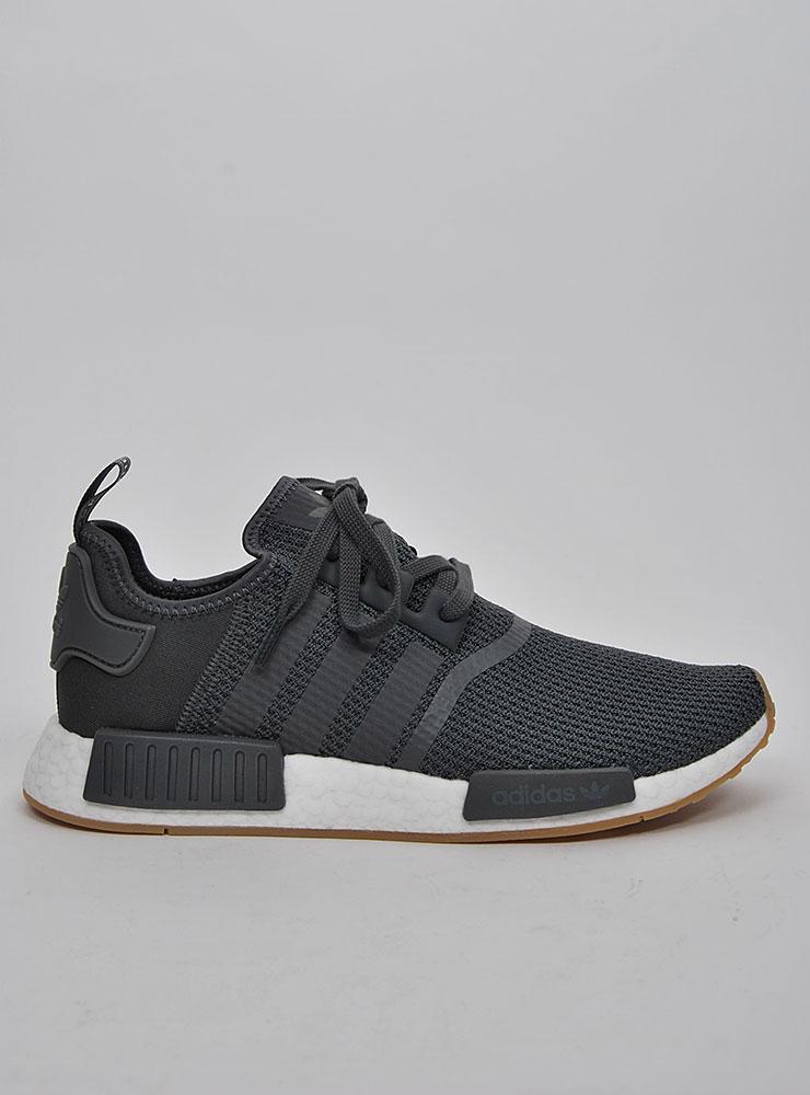 Adidas NMD R1 Sneakers på Sportif Unlimited