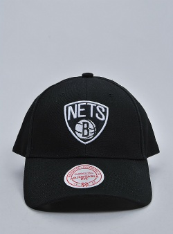 Mitchell and Ness Team logo low pro snapback nets Black