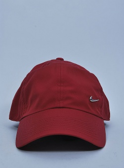 Nike H86 metal swoosh cap Red crush