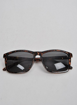 Cheap Monday Straight solglasögon Brown light