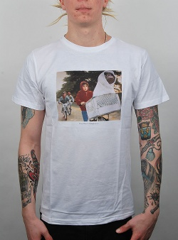 Dedicated X E.T. The chase tee White