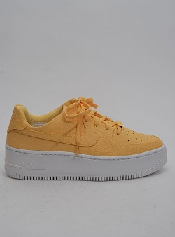 Nike Air force 1 sage low Topaz gold topaz gold white
