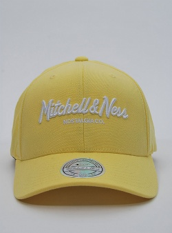 Mitchell and Ness Pinscript 110 flexfit snapback Pastel yellow