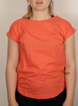 Wemoto Holly tee Emberglow