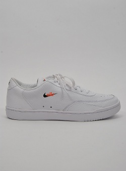 Nike Court vintage prm womens White black total orange